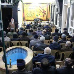 المؤمنون يحيون ذكرى شهادة الزهراء (عليها السلام) في مكتب سماحة المرجع الكبير السيد الحكيم (مدّ ظله) في حي الأمين بدمشق