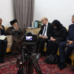 Grand Ayatollah Sayyid al-Hakeem receives the French Foreign Minister and his team in his office in al-Najaf al-Ashraf