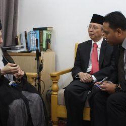 سماحة المرجع الديني الكبير السيد الحكيم (مد ظله) يستقبل السفير الإندونيسي في العراق