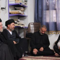 وفد مكتب سماحة المرجع الكبير السيد الحكيم (مدّ ظله) يشارك في العزاء الحسيني في مسجد الإيمان بقرية تل الأزغر في محافظة حمص السورية