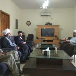 وفد قسم التبليغ الخارجي بمكتب سماحة المرجع الكبير السيد الحكيم (مدّ ظله) يلتقي بأساتذة وطلية جامعة الكوثر في إسلام آباد الباكستانية
